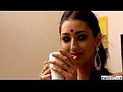 Film Porno Cu O Indianca Super Sexy Care Suge Pula