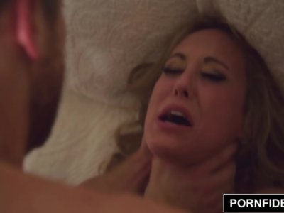 Fac Sex Pasional Si Cand Sa Ejaculeze, Isi Da Drumul In Pizda Ei