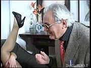 Bunicu Ii Da Limbi In Pizda Nepoatei Si O Fute Si El Cum Poate