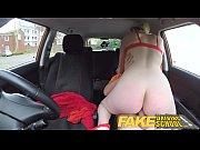 Blonda Face Ore De Traseu Cu Instructoru Auto Si Se Fute Cu El In Masina