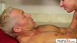Masaj Erotic Urmat De Pozitia 69 Cu Limbi In Pasarica Si Pula In Gat