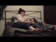 Mamica Isi Trezeste Fiul Din Somn Noaptea Sa Faca Sex Cu Ea