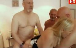 Pizda Sexy Si Super Tanara Se Fute Cu Un Mos Si Nevasta Acestuia