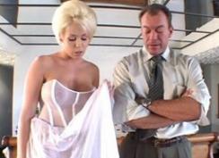 Blonda Usor De Prostit Sa Faca Sex Sta Si Sa Fie Filmata