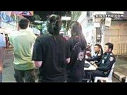 Doi Politisti Aresteaza O Prostituata Si Ii Face Proba Sa Vada Cat De Bine Suge Pula