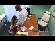Doctor Da Muie Si Linge O Blonda In Pizda La Cabinet