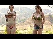 Doua Lesbience Se Retrag In Padure Unde Se Iubesc Cu Patima