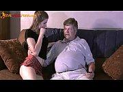 Tanara De 18 Ani Este Prostita Si Fututa De Bunicul Ei