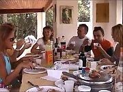 Click Aici Vizioneaza In Direct Cel Mai Nou Film Porno In Famile, Orgie Xxx