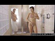 Sex La Dus Cu O Bruneta Sexy